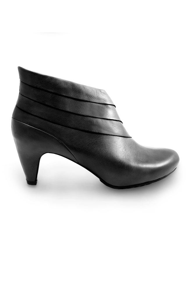 Mayflower Gray Layered Ankle Boots