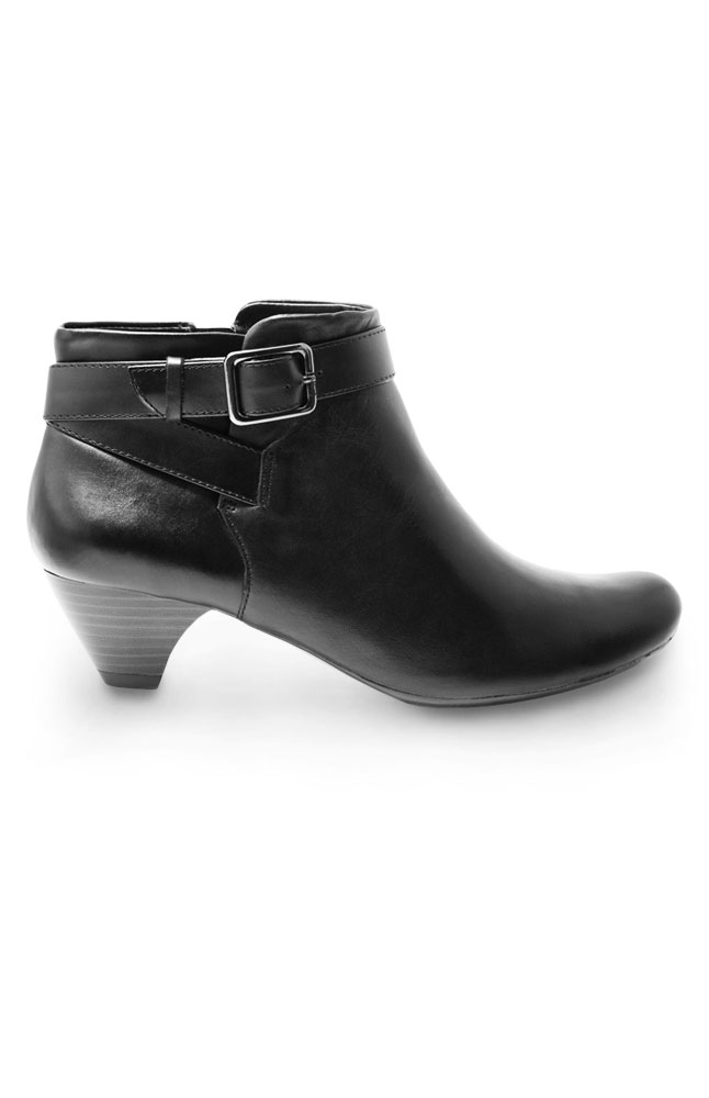 Synergy Short Black Leather Boots